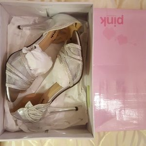 Never worn Pink Paradox London silver shoes size 7
